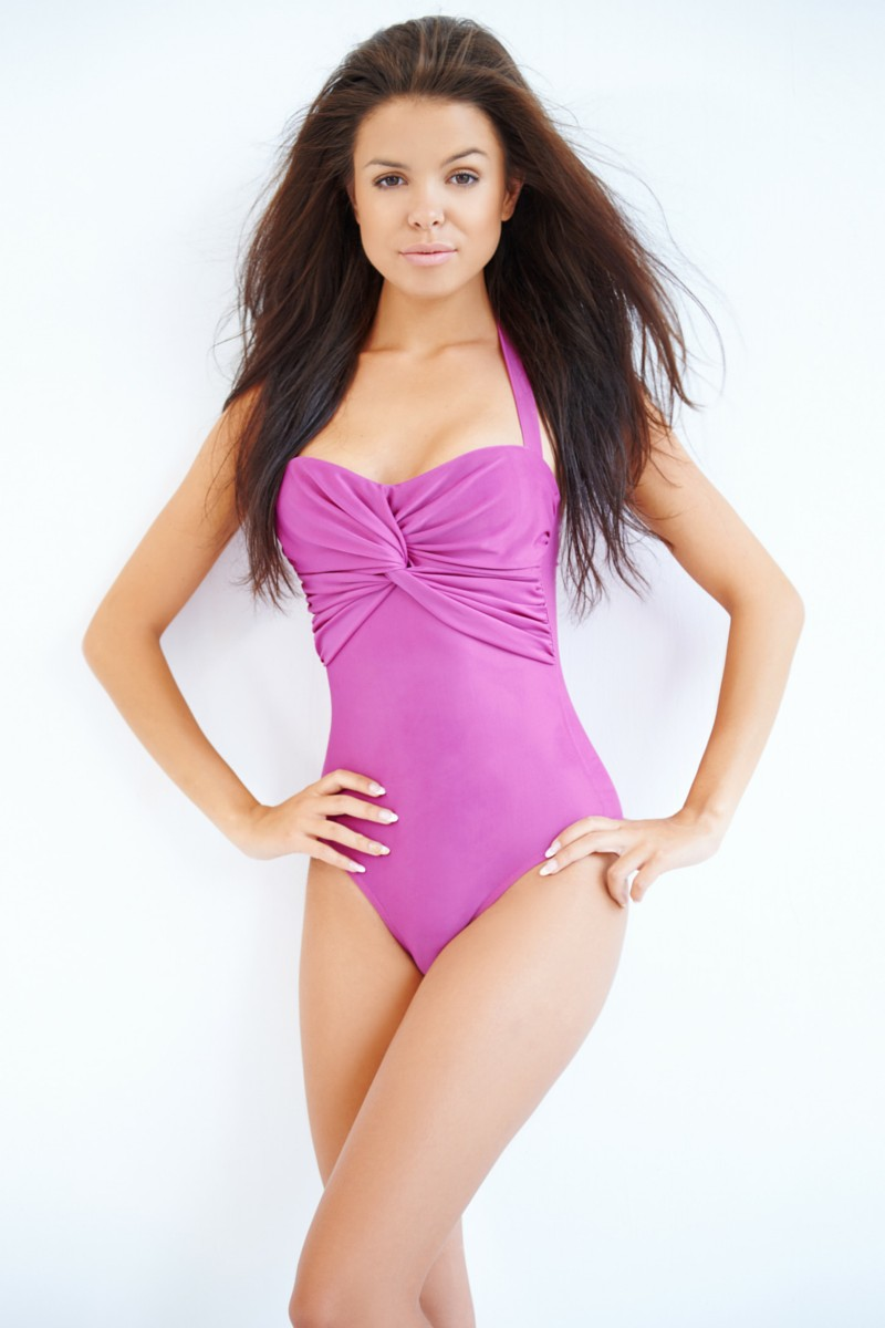 Swimsuit Styles That Flatter Your Body Type