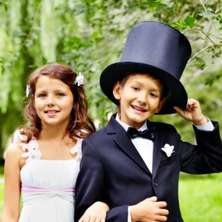 Wedding Reception Activities for Kids | confettiandbliss.com