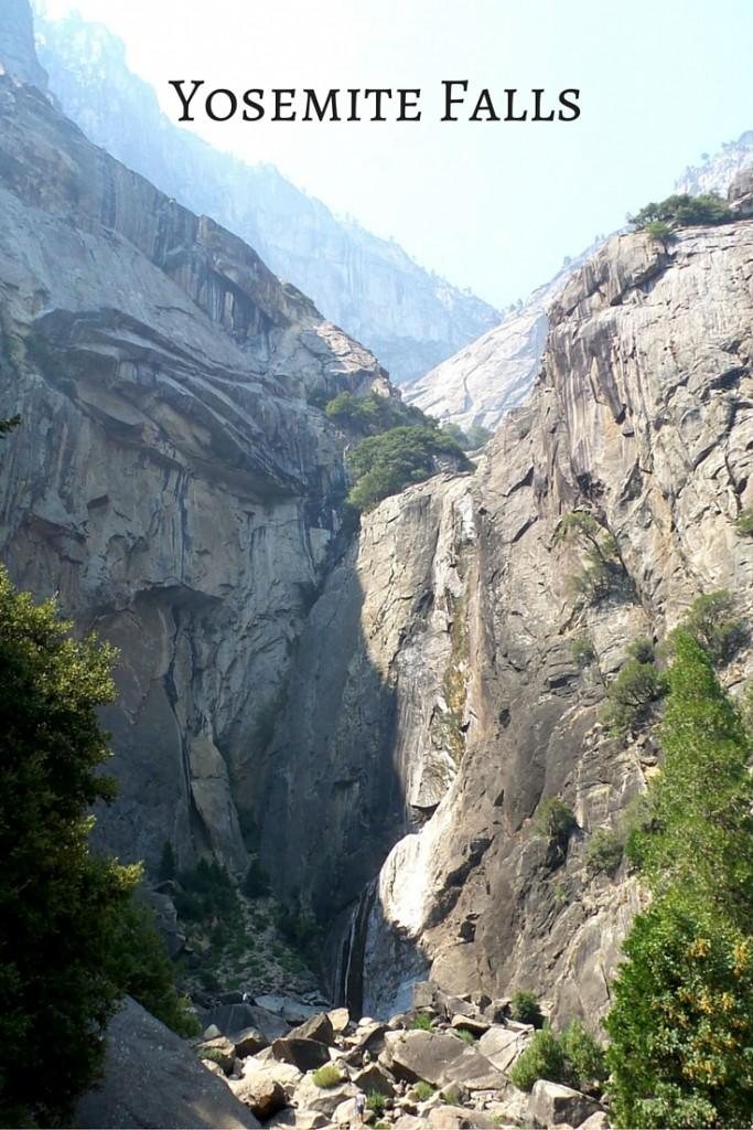 Yosemite National Park: Yosemite Falls | A California Road Trip | confettiandbliss.com