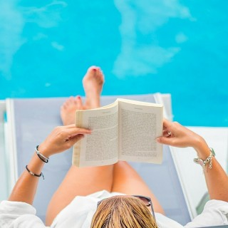 The Best Books to Read by the Pool This Spring | Book Recommendations