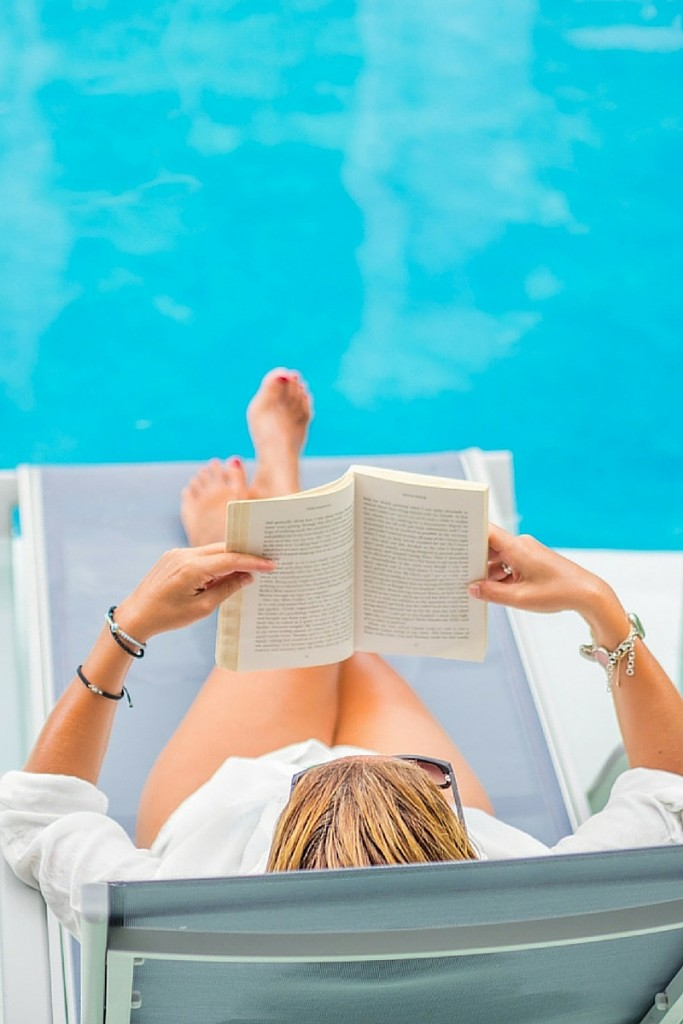 The Best Books to Read by the Pool This Season | Book Recommendations