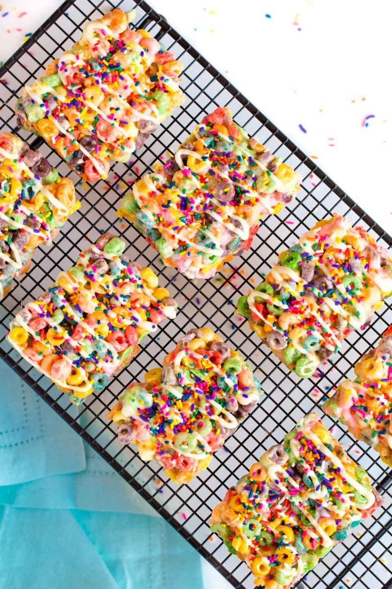 photo regarding Fruit Loop Rainbow Printable Template referred to as Rainbow Fruit Loop Snacks