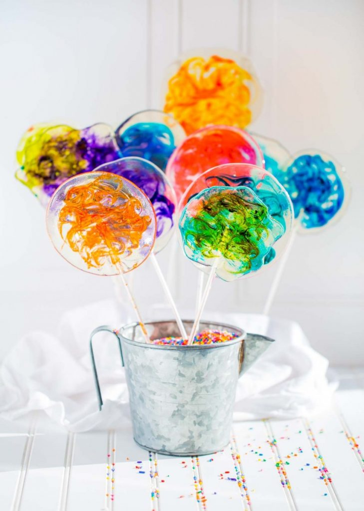 Tips for making lollipops and hard-candy from scratch.