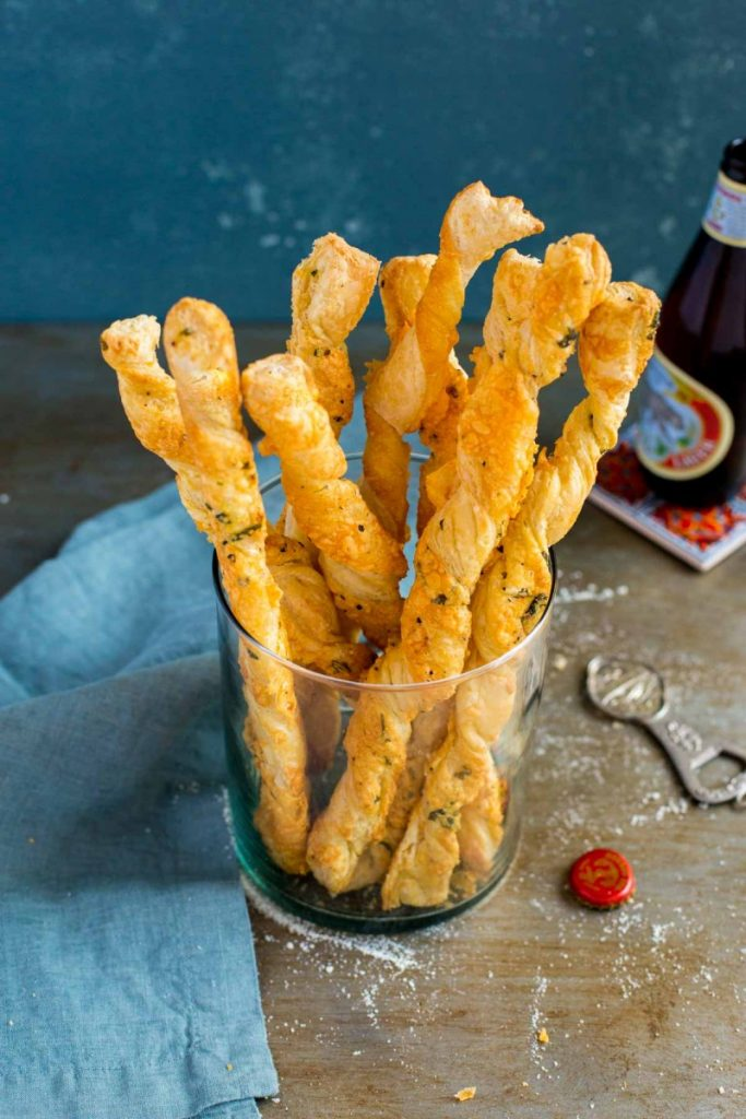 Twisted cheese straws made from scratch.