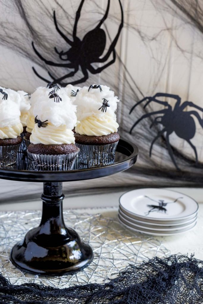 Spiderweb Cupcakes for Halloween