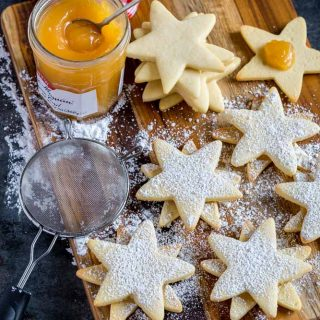 Christmas Cookies in double star shapes.