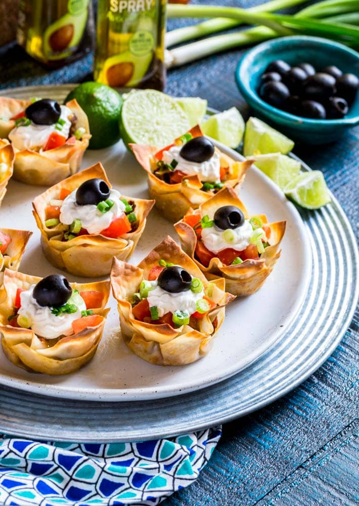 Wonton Taco Cups on a serving plate.