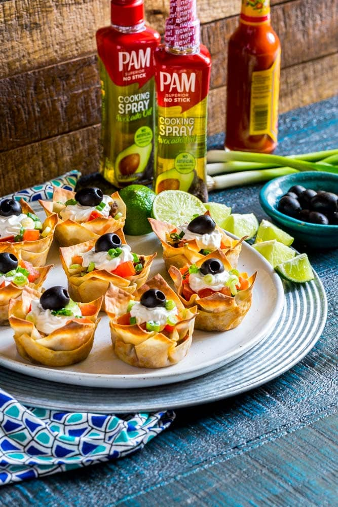 Crunchy Wonton Taco Cups on a platter.