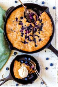 Pinterest image for blueberry cobbler recipe.